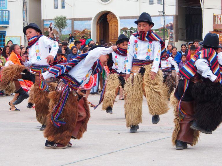 Tradiční song indiánů, který vás zvedne ze židle